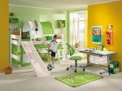 Playroom in bedroom - Source: www.stonehand.com